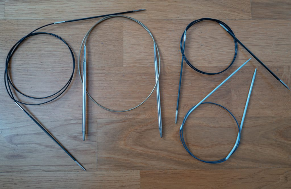 All kinds of circular knitting needles made of plastic, carbon and metal