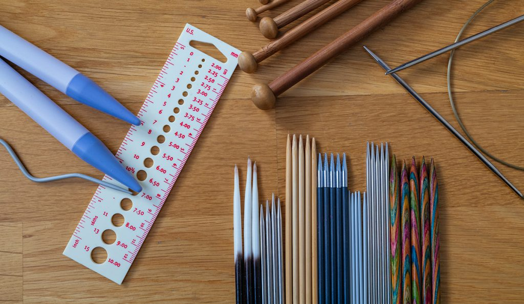 Different knitting needles for beginners and professional knitters