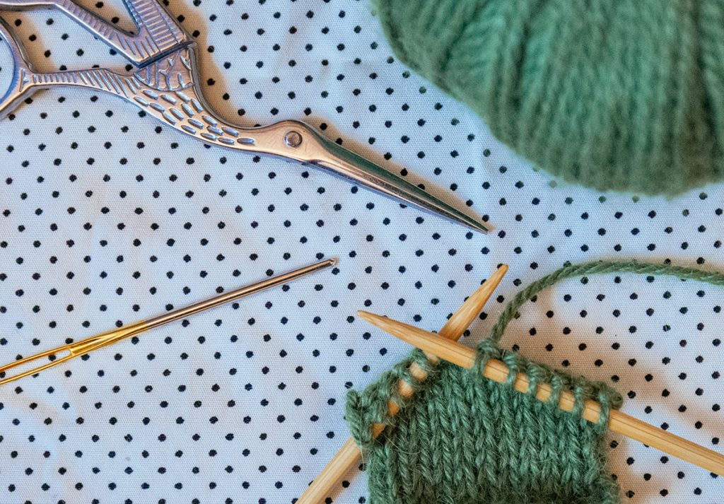 knitting a little work in stockinette stich with bamboo knitting needles for beginners