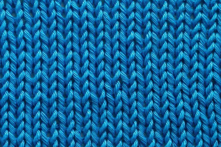 Close up of a stockinette stitch knitting pattern
