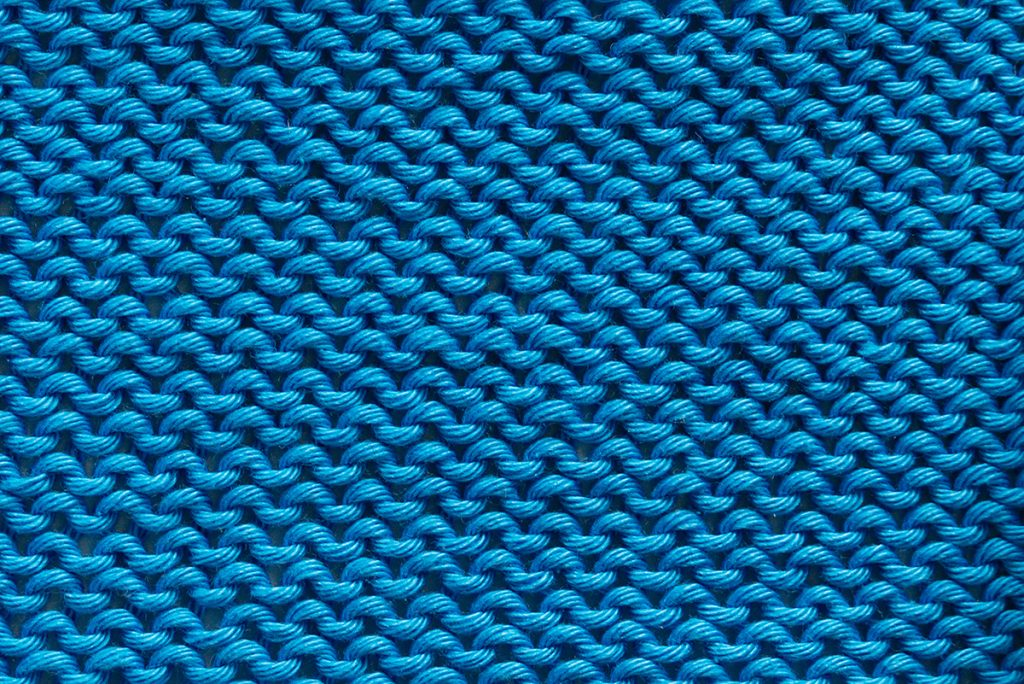 The wrong side of a stockinette stitch sample pattern so called reverse stockinette stitch