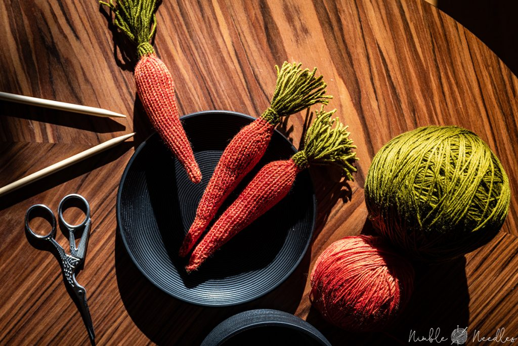 A step by step carrot knitting pattern for beginners