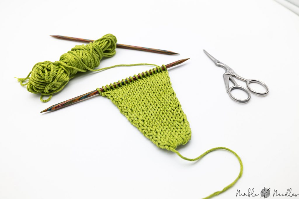 A different angle of a sample swatch with KLL knitting increases