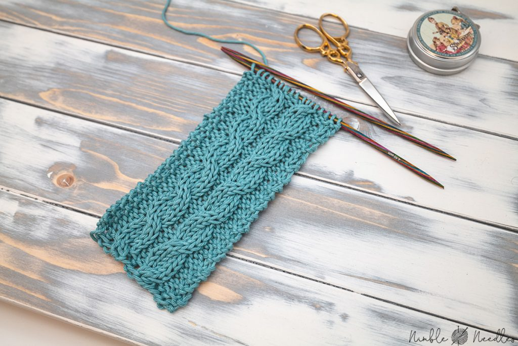 a 2x2 cable stitch swatch