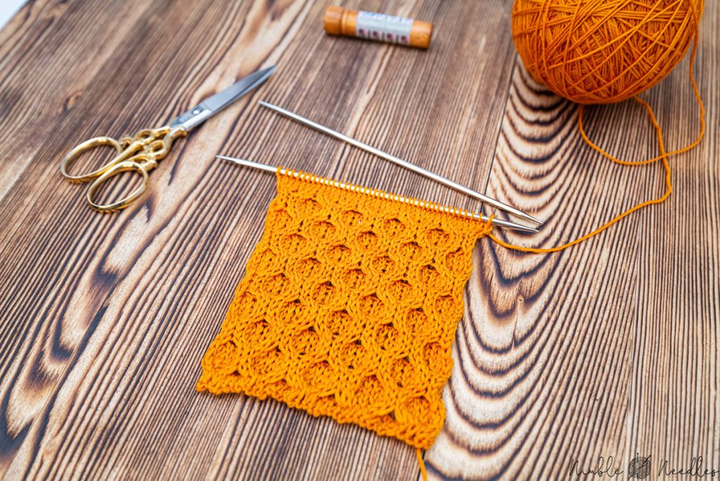 a swatch in honeycomb cable