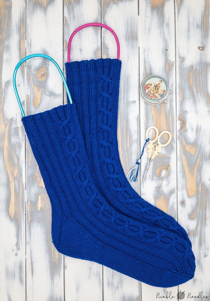 the finished men's knit socks