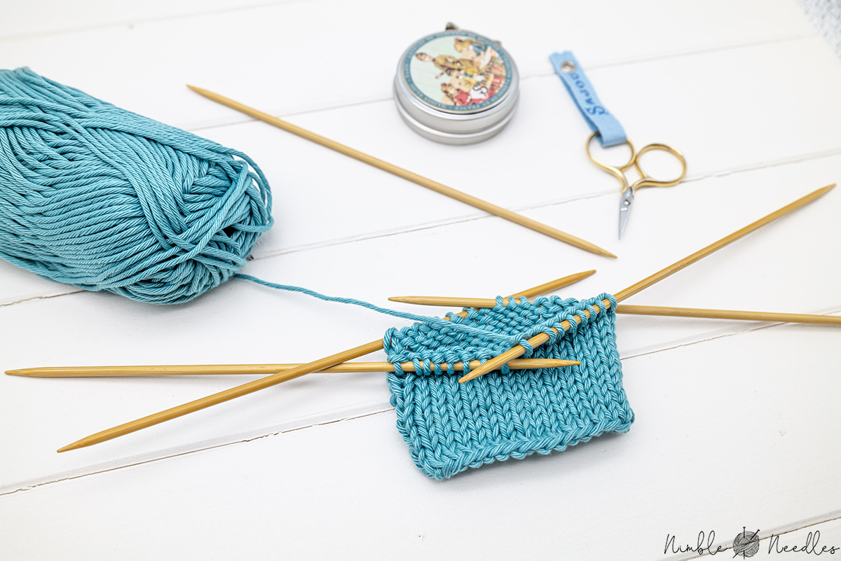 How to knit with double-pointed needles like a pro [10 helpful tips & tricks]
