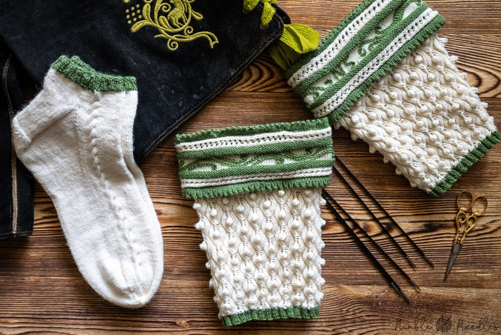 two liners and two traditional bavarian half-socks (loiferl) knitting pattern