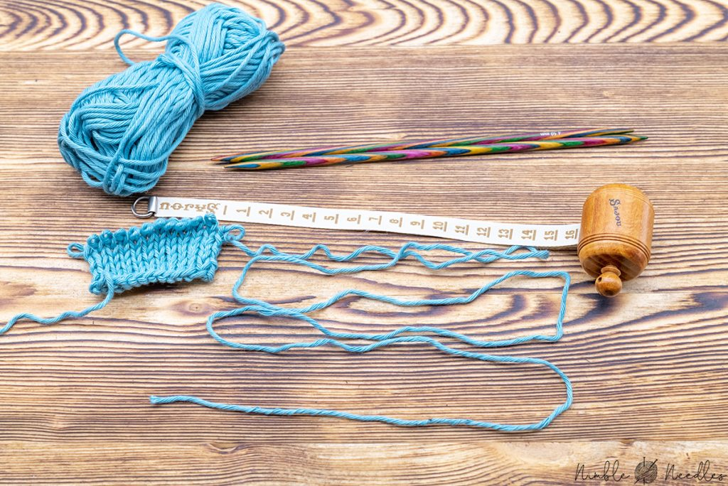 An unraveled bind off to find out how much yarn you need