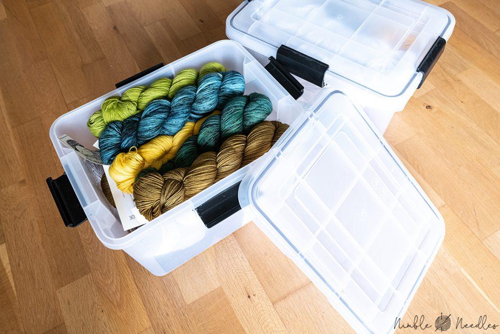 A cheap storage box for knitting yarn