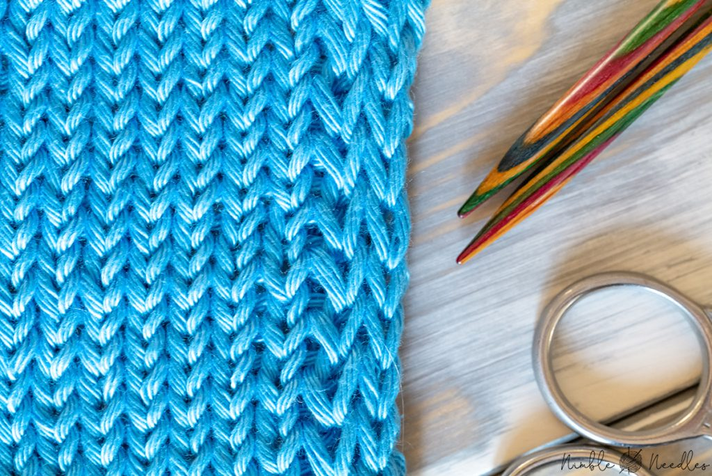 close-up of double stockinette stitch edge to stop curling
