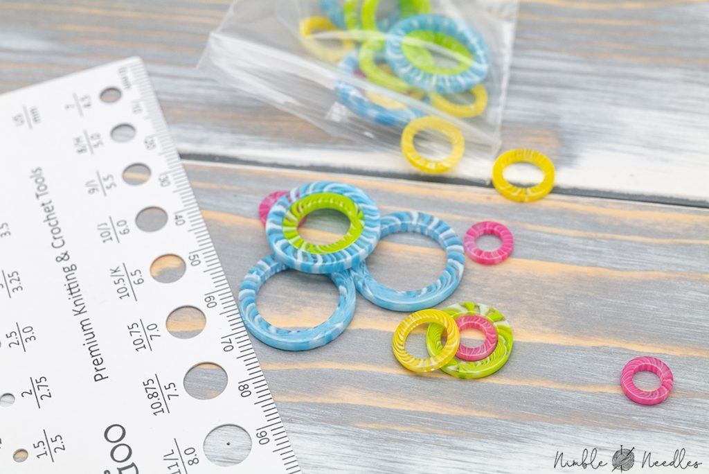 needle size card and stitch markers