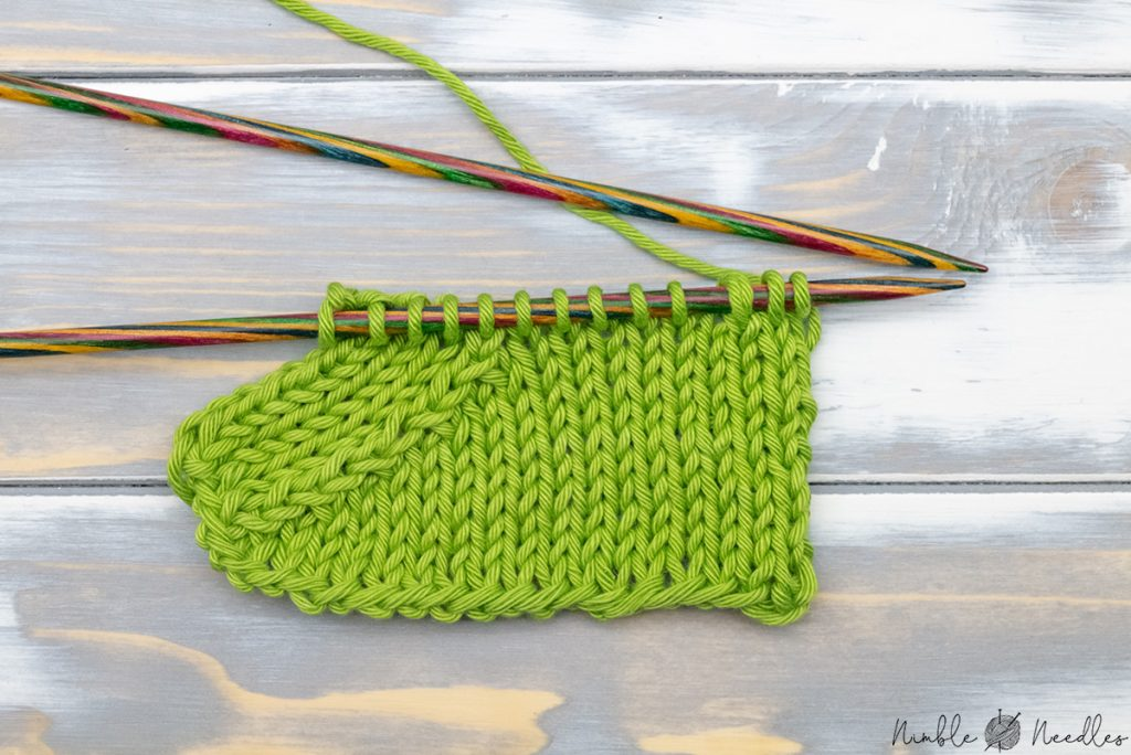 A swatch with the more elaborate right-leaning version of the k3tog stitch