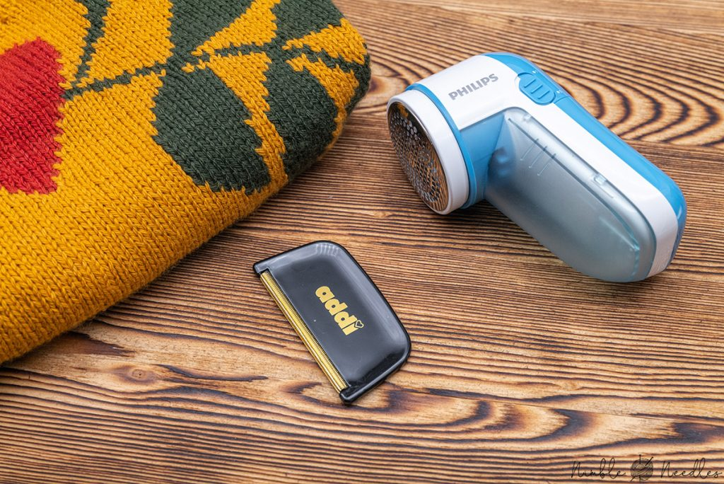 A cashmere comb and an electric fluff remover are truly lovely gifts for every knitter