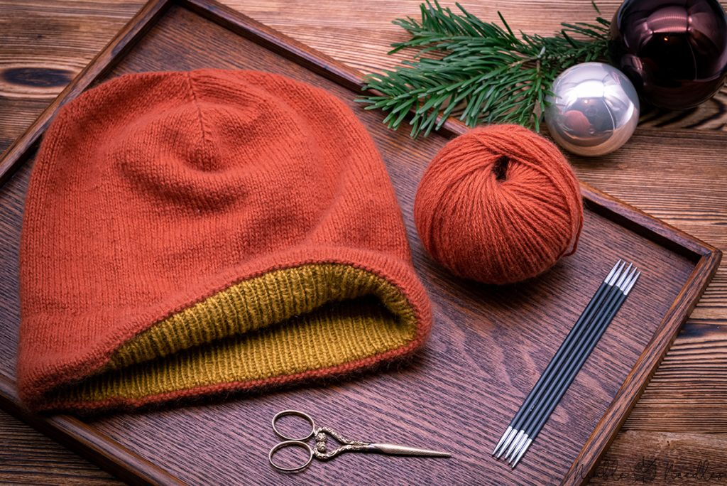 a free knitting pattern for a cashmere hat with a double hem