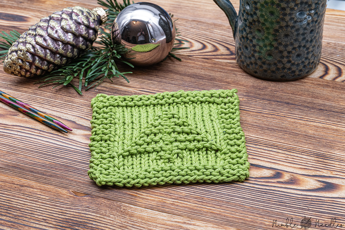 Christmas tree knitted coaster pattern