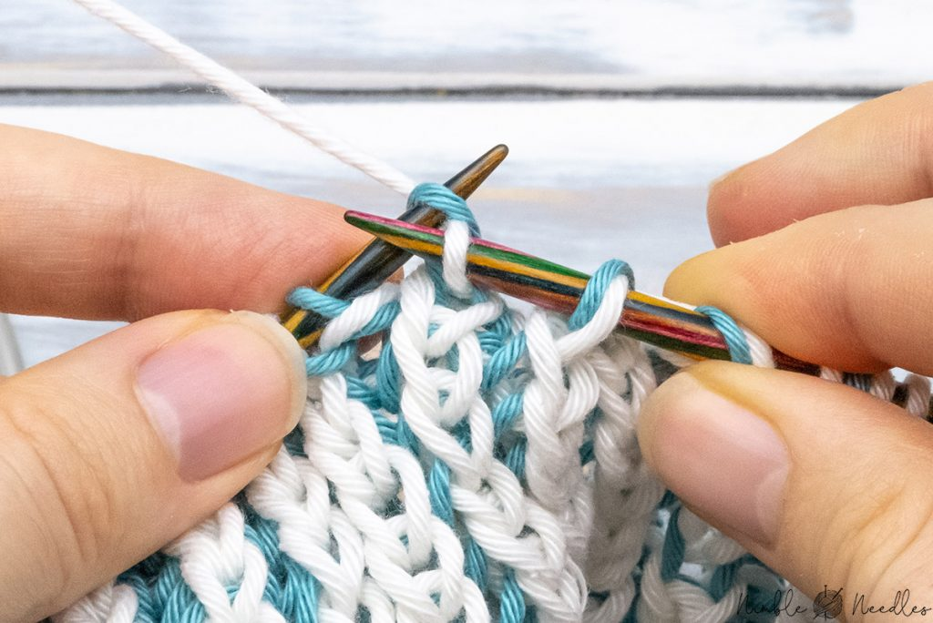 knittting one stitch before the final decrease