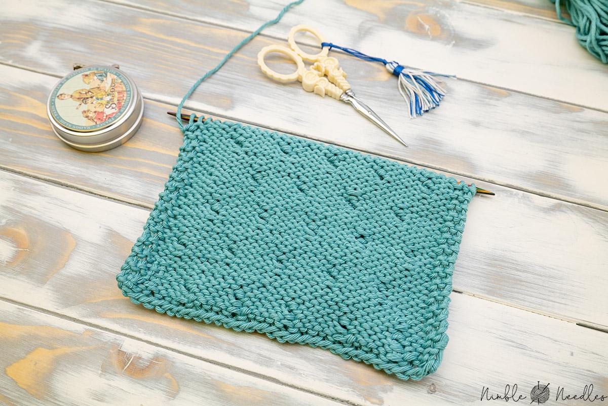 backside of the classic bobble stitch knitting pattern