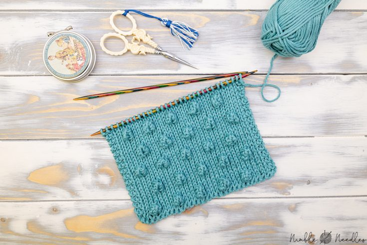 big swatch with the bobble stitch knitting technique
