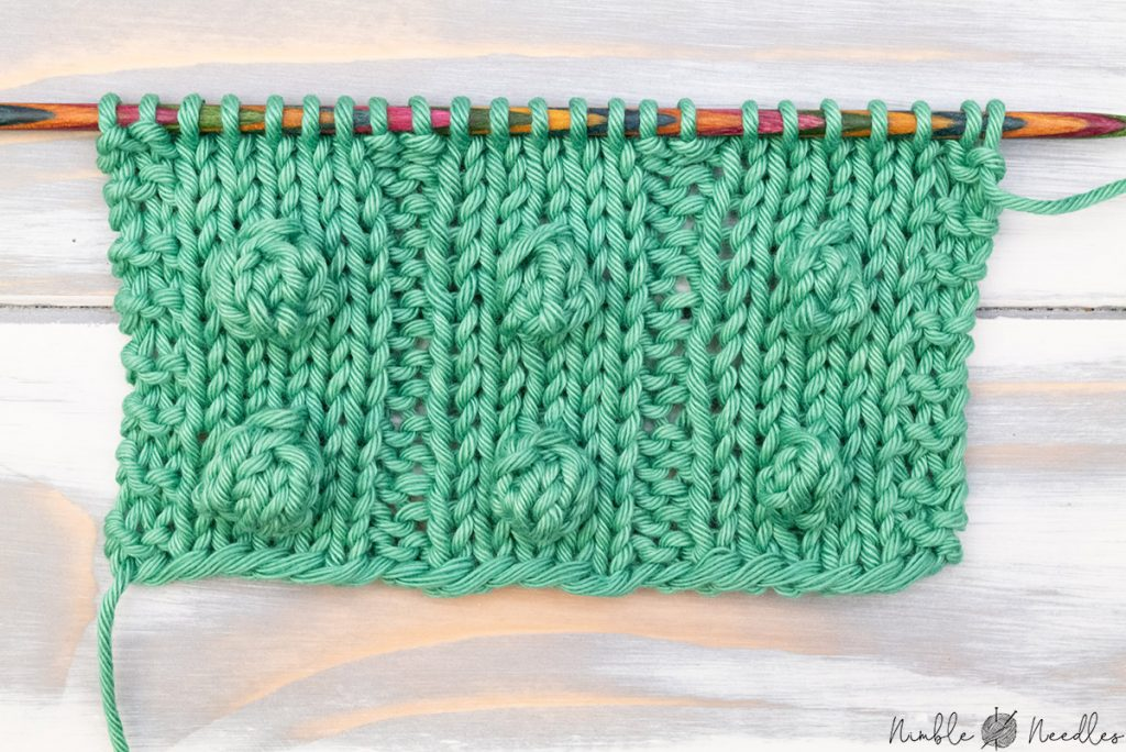 a swatch with bobble with 3 4 or 5 stitches