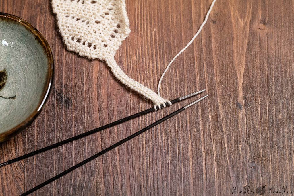 knitting the icord for the tassel of the bookmark