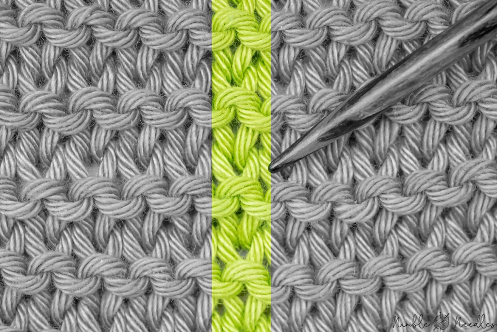a single row of garter stitch highlighted so you can count rows more easily