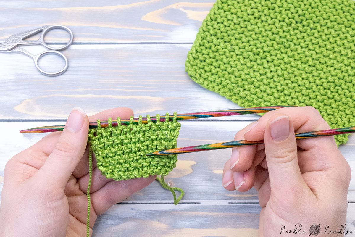 counting garter stitch rows with a project still on the knitting needles