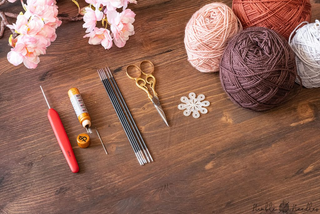 the various tools and materials you need for knitting these intarsia socks