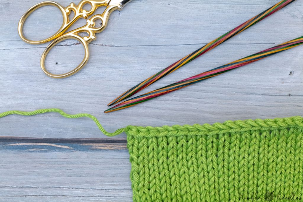a neater last bind off stitch - the edge doesn't show the ear