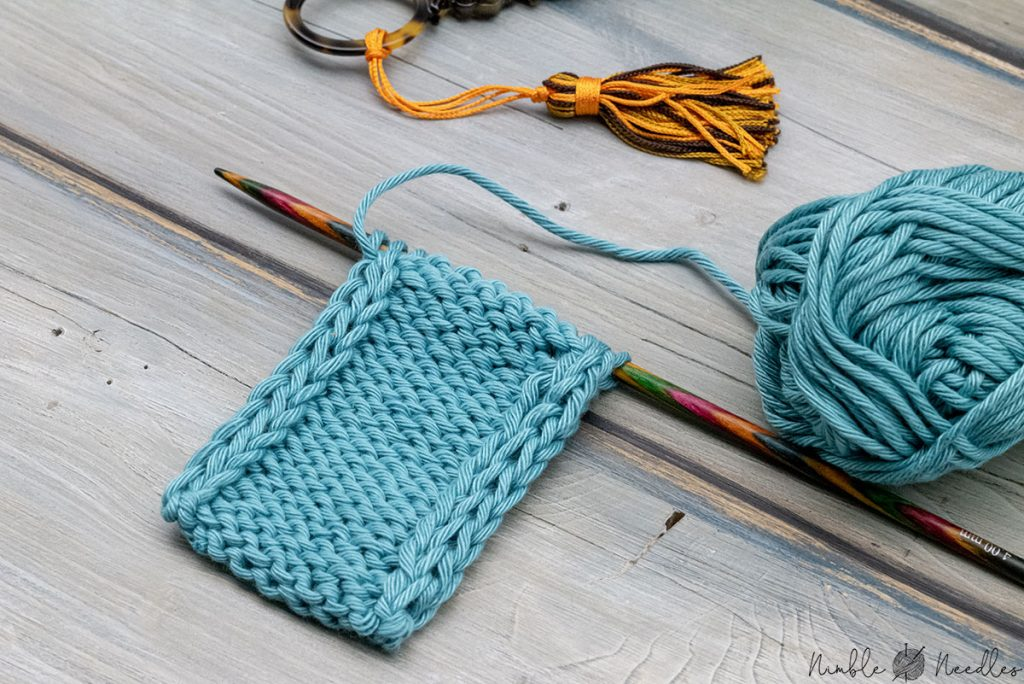 wrong side of a double stockinette stitch edge