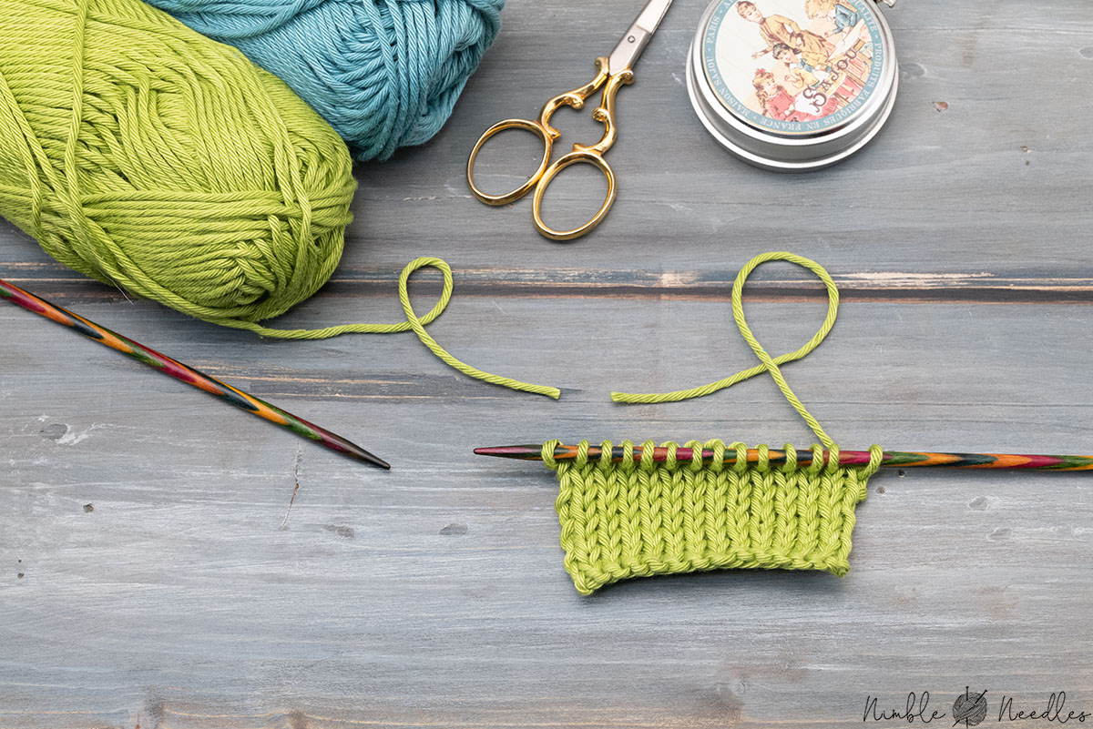 joining a new yarn in kitting with an easy method