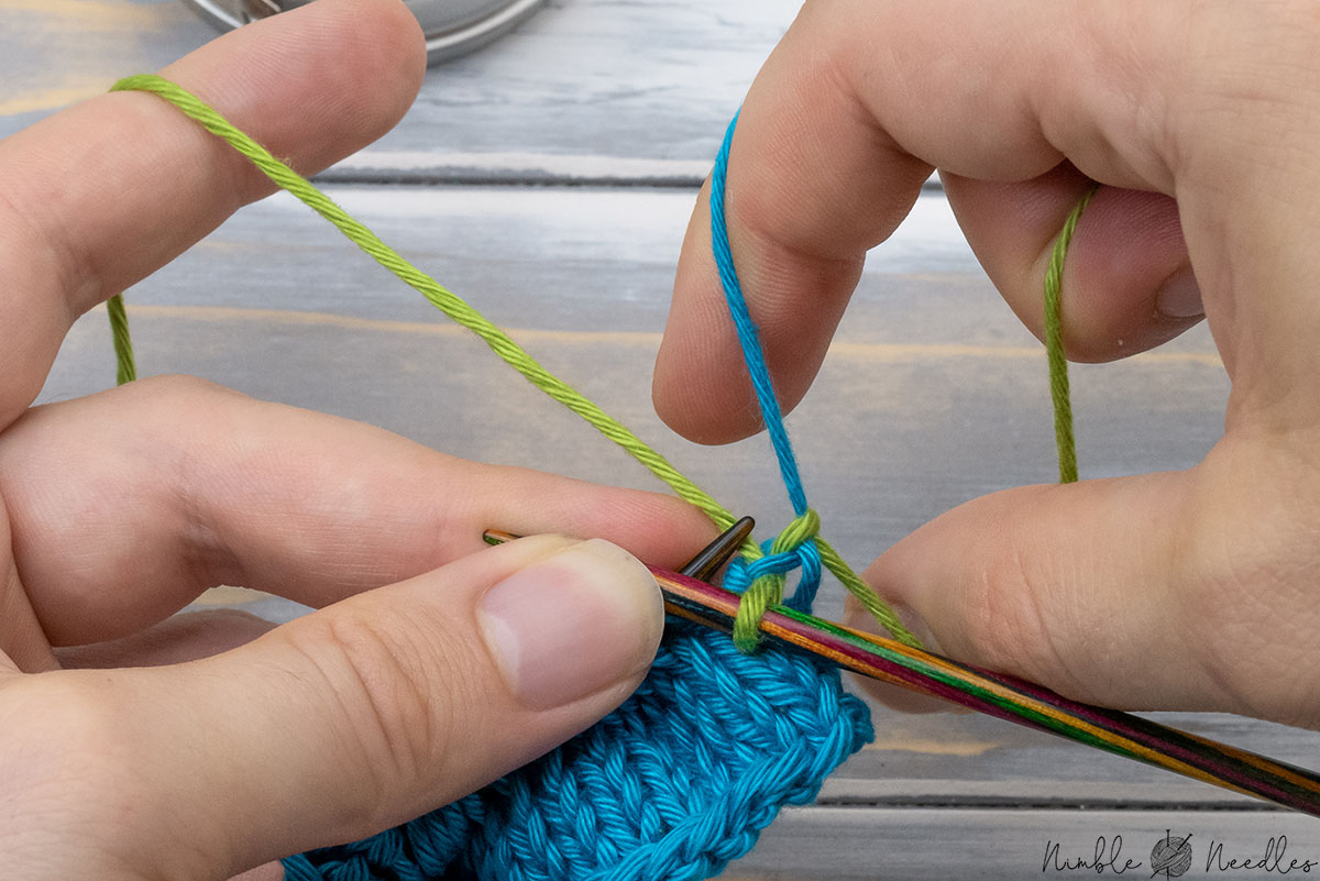 Tightening up the color change by pulling on the tails with your fingers