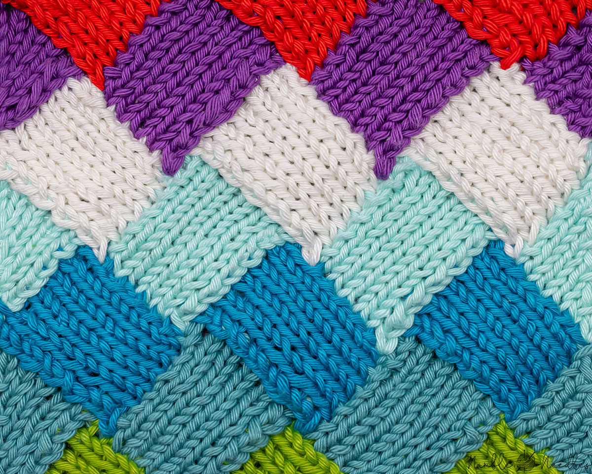 the entrelac knitting pattern close up in different colors